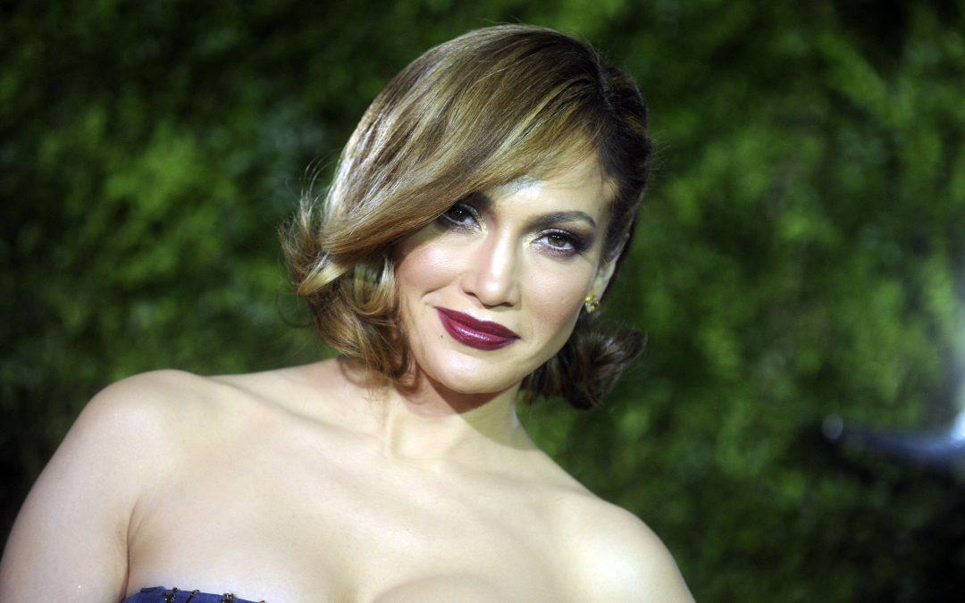 Une femme dépense plus de 200 000 euros pour ressembler à Jennifer Lopez